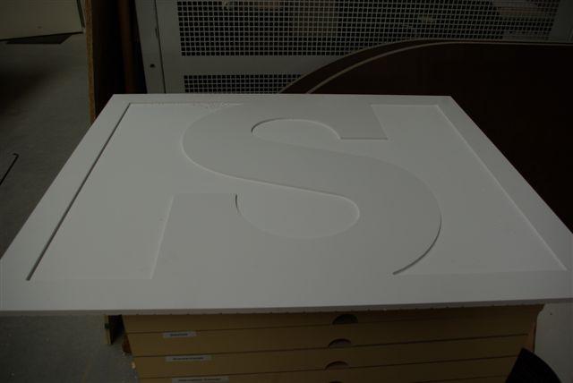 ritmeesteralblasserdam.nl/img/custom/advecon-scheepsletters-diversen/ritmeester-alblasserdam-scheepsletters-alle-letttertypes-losse-letters-pvc-3d-scheepsnaamborden-vlaggen-wimpels-vaandels-pvc-letters-scheepssigning-imo-nummers ook in 3D logo's