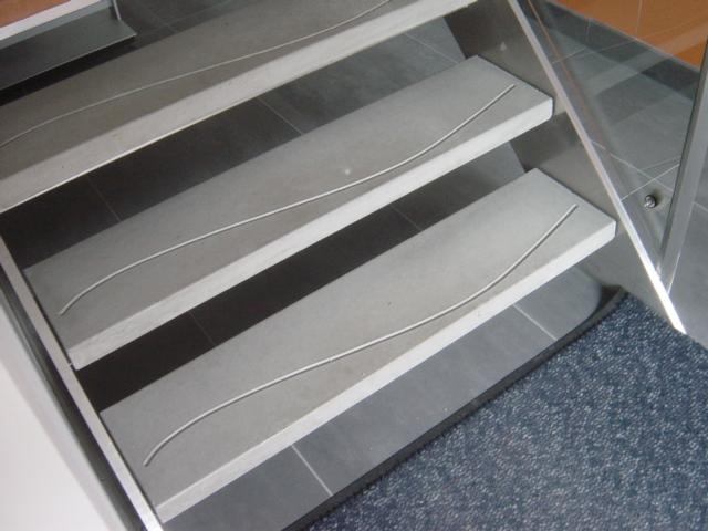 Keukenblad frezen douglas hout d specialist van nederland nubuiten woonkamer decoratie huis - Decoratie montee d trap ...