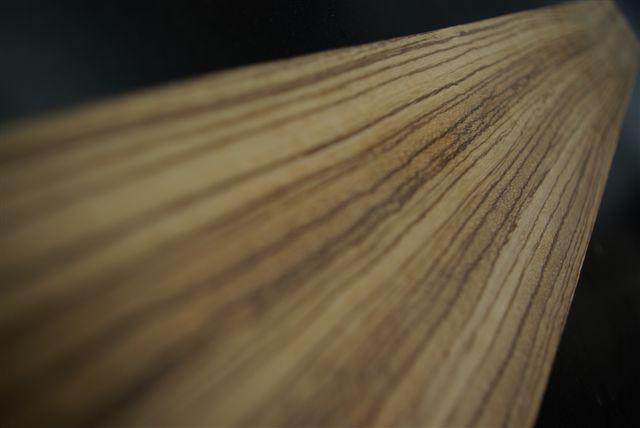 ritmeesteralblasserdam.nl/img/custom/zebrano-meubels-tafels/ritmeester-alblasserdam-zebrano-meubels-tafels-vergadertafels-aanrechtbladen-keukens-dressings-vergadertafels-boardroomtables-receptiebalies
